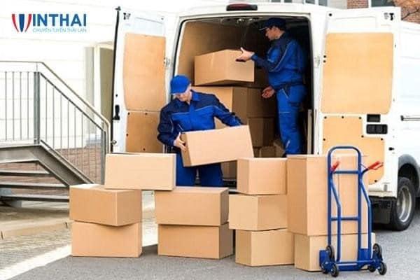Nhập và chuyển hàng về Việt Nam nhanh chóng, an toàn