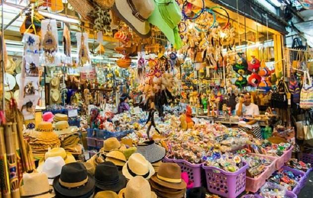 Tự đánh hàng tại các khu chợ đêm Bangkok còn gặp nhiều khó khăn đối với người mua hàng Việt