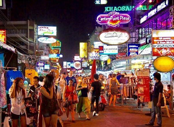 Trực tiếp sang Thái Lan giúp bạn đánh hàng hiệu quả