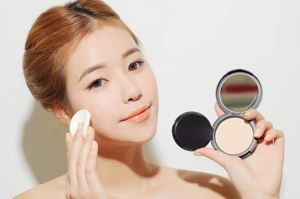 Phấn Thái Lan giúp da trắng sáng hơn và bảo vệ làn da khỏi ánh nắng mặt trời